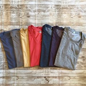 Men's Uniqlo t-shirts